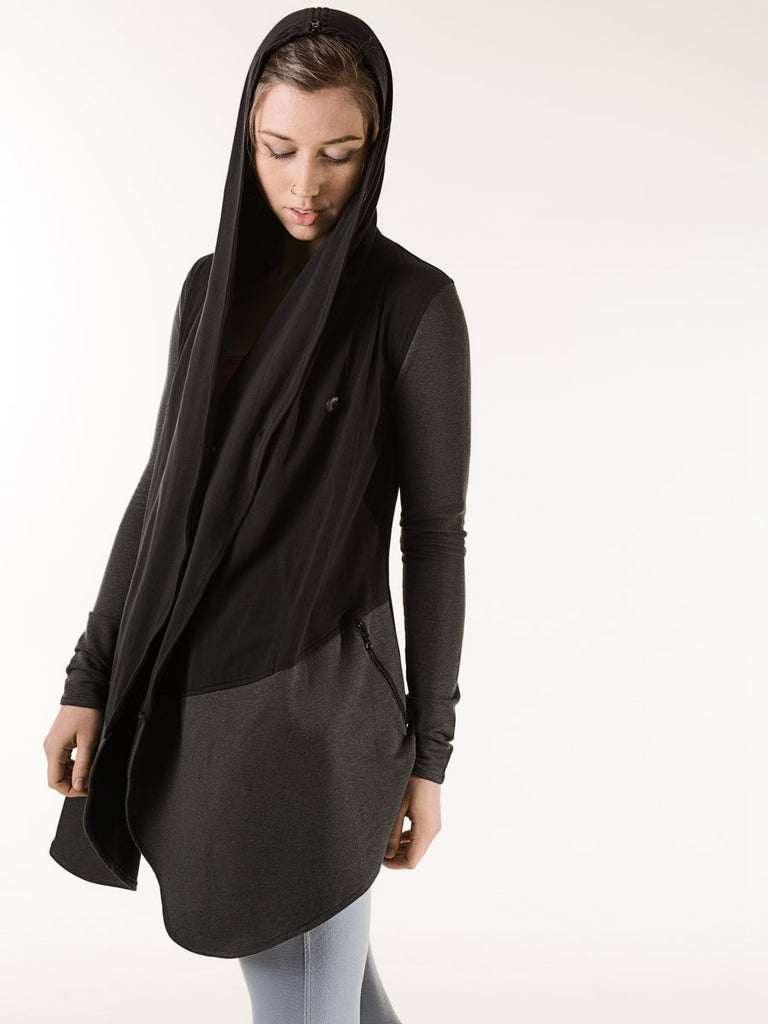 Lola Wrap in Black