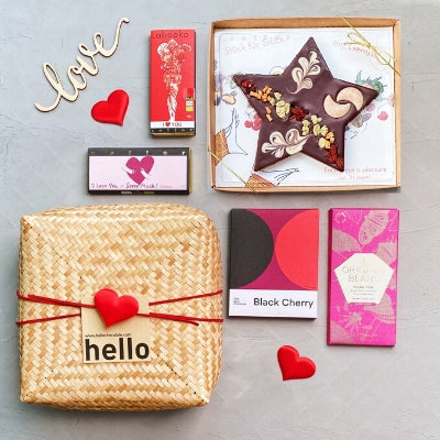 Romantic Gift - Dark & Milk Chocolate | Delivery Gift