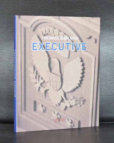 Mumok # THOMAS DEMAND, Executive # 2012, mint
