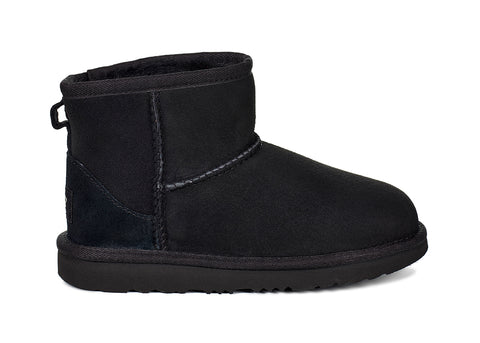 UGG Classic Mini II Kids | Black (1017715K)