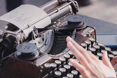 How to lubricate a vintage typewriter - what is the best typewriter lubricant?