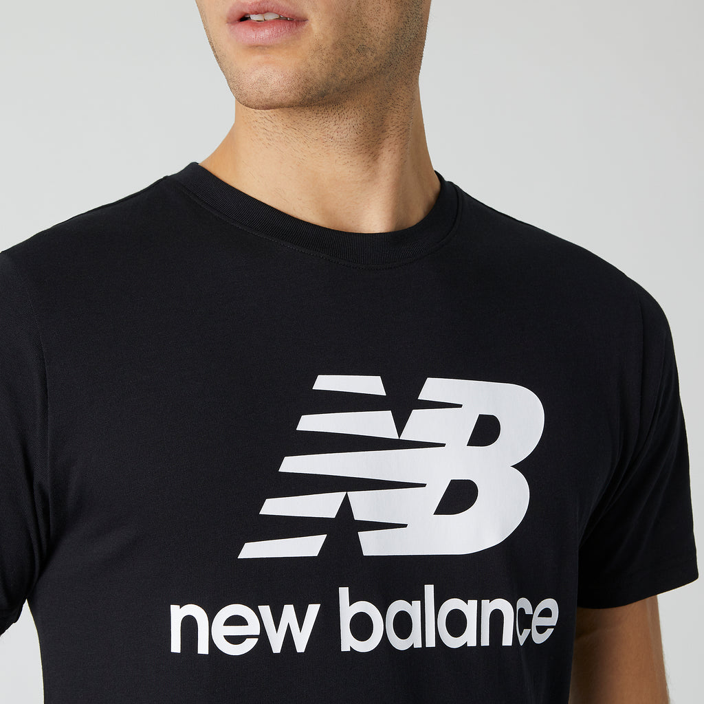 New Balance - Men Essentials Relaxed fit Stacked Logo Tee Black