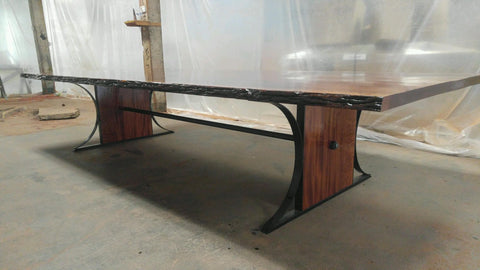 Large Scale Sipo Mahogany Table
