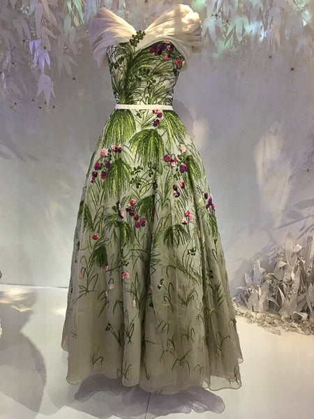 Christian Dior 1953 Haute Couture Tulipe Organza gown embroidered by Rebe