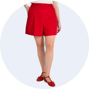 womwns shorts red