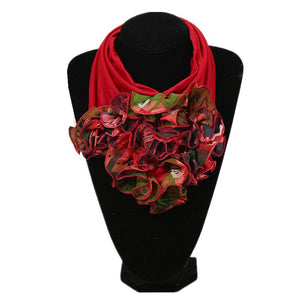 Saddie Neckerchief Scarf (Red/Green)