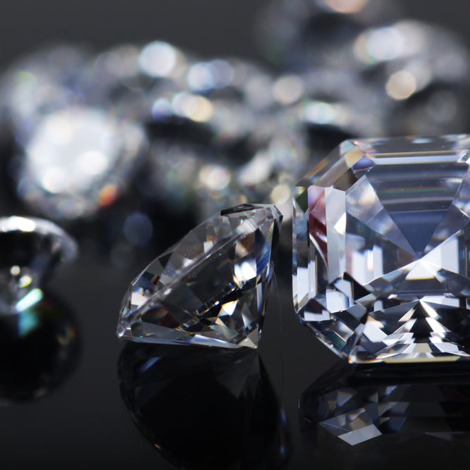 Diamond Vs. Cubic Zirconia: How to Identify Which is Which?