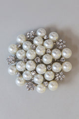 BROOCH • Pearl and Diamante Cluster
