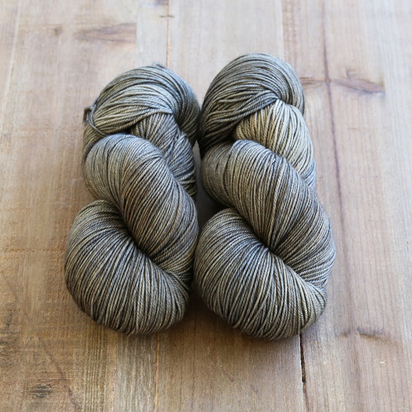 Bruin - Cashmerino 20 - Dyed to Order