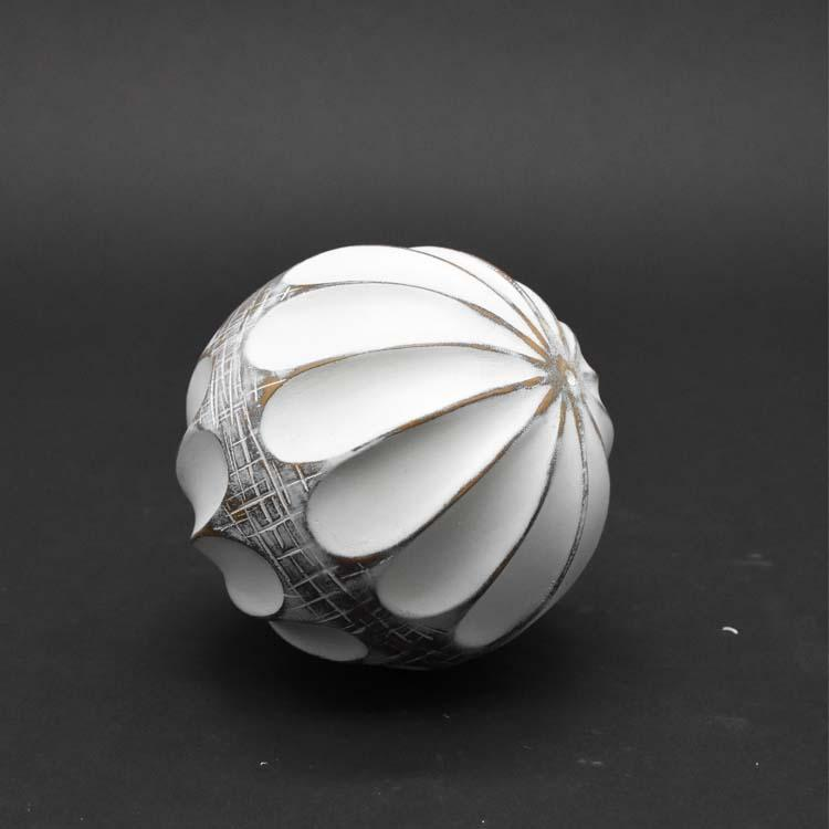 White Resin Decor Balls - Janggalay