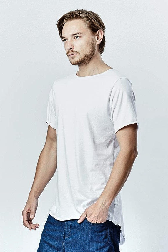 Casa Amuk MENS RAW HEM TALL TEE WHITE