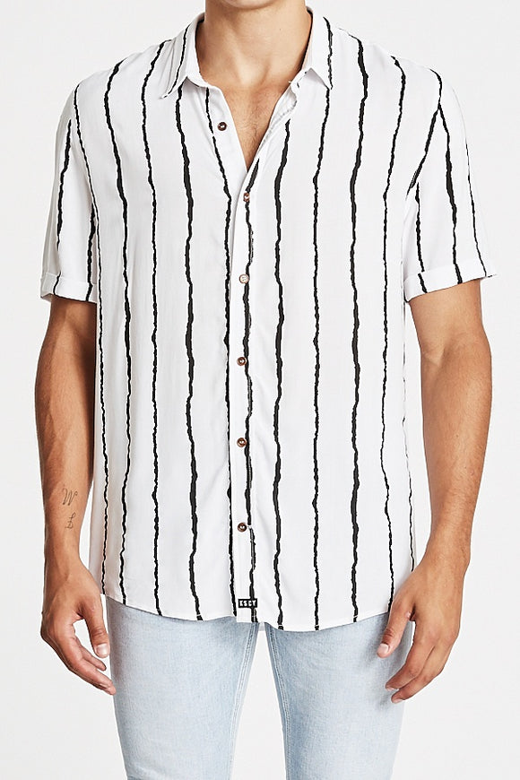 Kiss Chacey MENS UMBRA RELAXED SHORT SLEEVE SHIRT - WHITE / BLACK PRINT