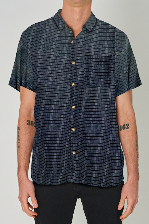 Rollas MENS BEACH BOY SHORT SLEEVE GRID SHIRT - BLACK