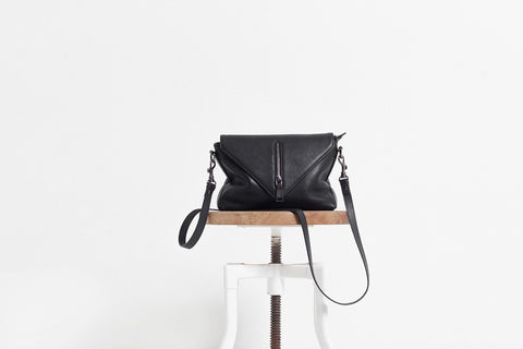 EXILE LEATHER BAG BLACK