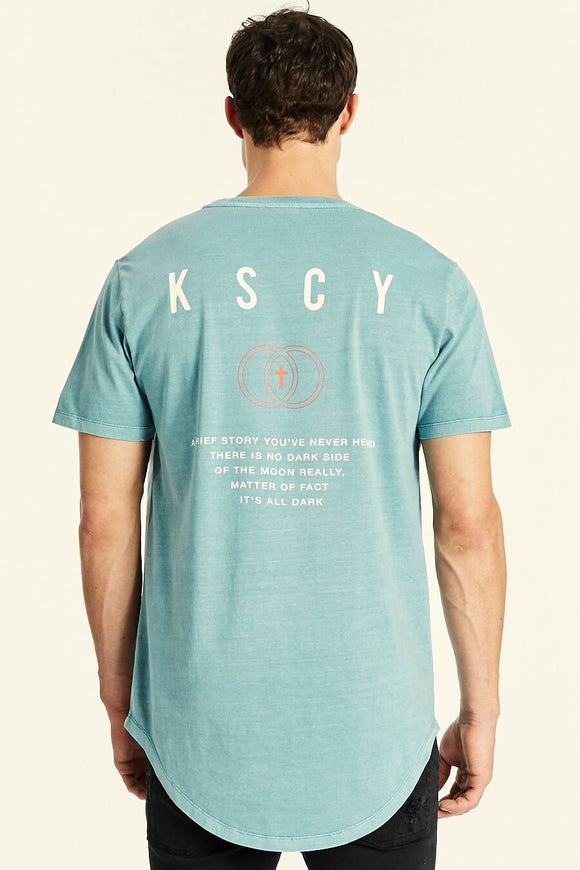 Kiss Chacey MENS STORY DUAL CURVED HEM TEE SMOKE BLUE