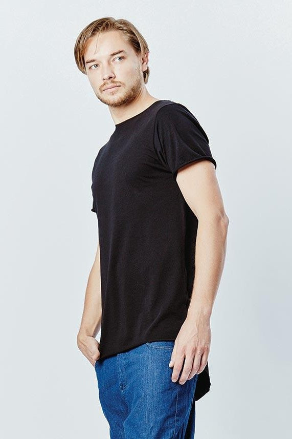 Casa Amuk MENS BASIC RAW HEM TALL TEE BLACK