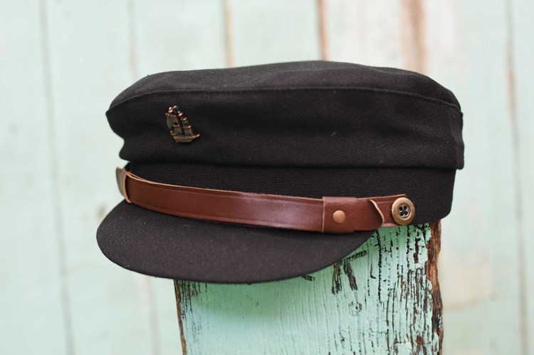 THE SEA BLACK HAT
