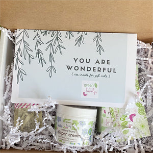 PREGNANCY + BIRTH Box, Third Trimester, Hospital /// Gift Box