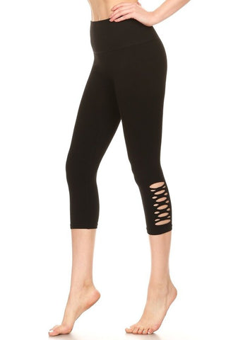 Cutout Capri Leggings