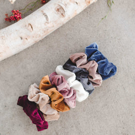 STEAL Scrunchy Sets Galore