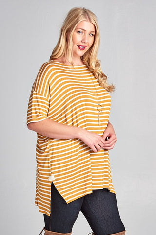 The Oversize Striped Plus Top-2 Colors