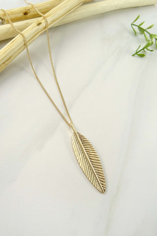 The Boho Feather Necklace