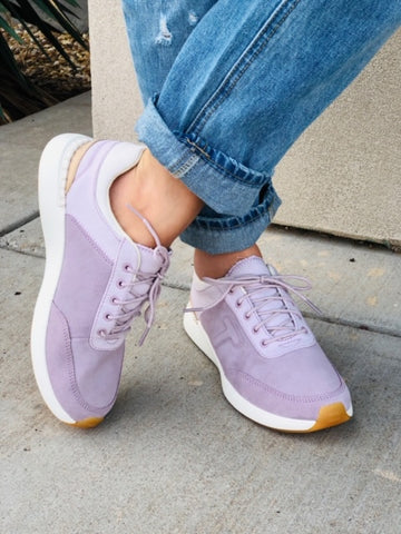 The Arroyo Lilac Sneakers