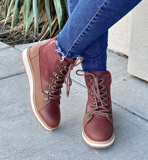 TOMS Brown Mesa