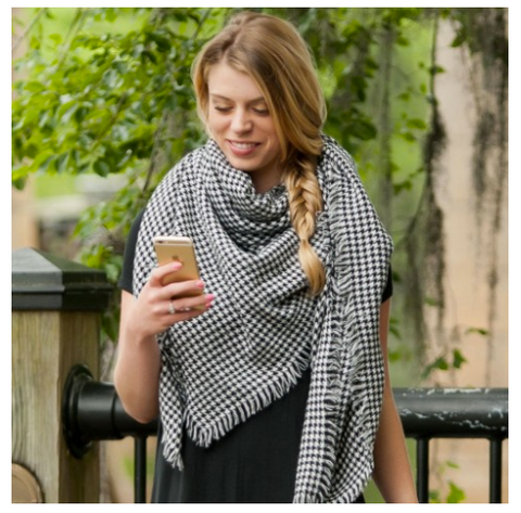 The Houndstooth Blanket Scarf