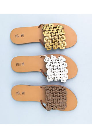The Style Slides in 2 Colors