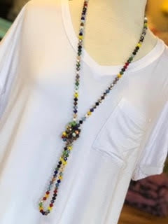 The Jazzy Necklace in 2 Colors