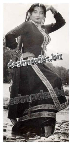 Bhabi Diyan Choorian (1986)  Lollywood Lobby Card Still