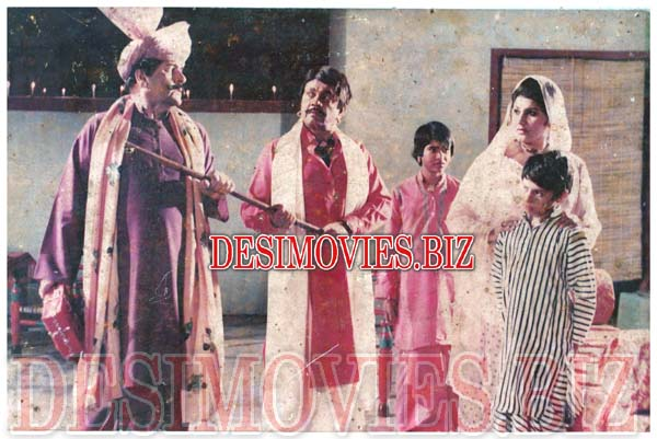 Chadhda Toofan (1986) Lollywood Lobby Card Still 3