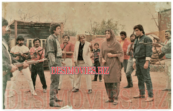 Choron Ka Dushman (1990) Lollywood Lobby Card Still 5