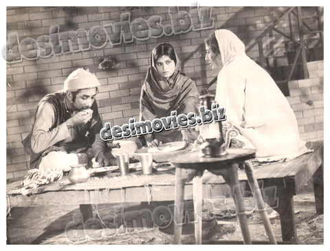 Gharonda (1965) Lollywood Lobby Card Still