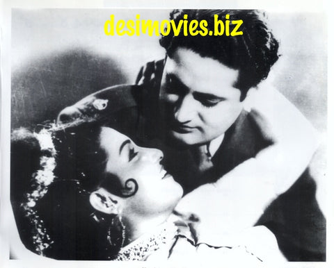 Noor Jehan and Ajay Kumar (1952) Lollywood Stars
