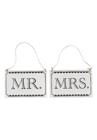 "Vintage Affair ""Mr & Mrs"" Signs - Pack of 2"