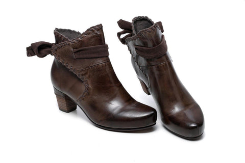 Sahara Flat Heel Ankle Women Leather Boots - Brown Women Shoes - Vicenzo Leather - Designer