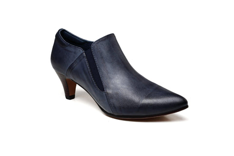 Julie Low Heel Pointed Leather Shoes