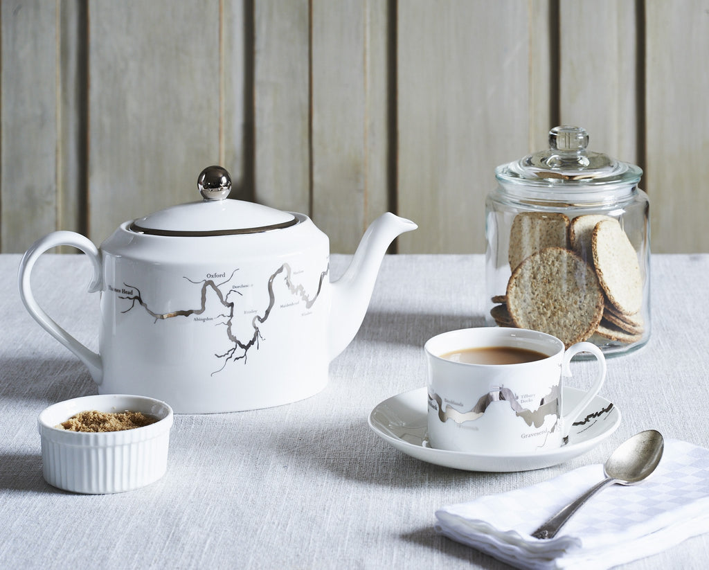 Thames Tea Set in Platinum, Snowden Flood - CultureLabel - 1