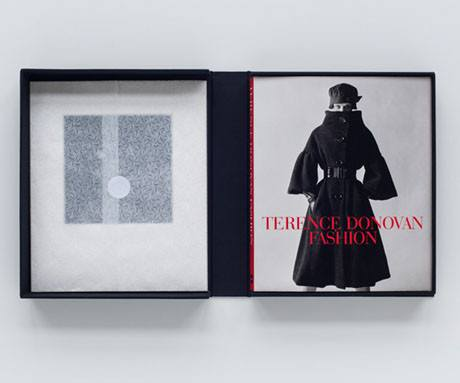 Terence Donovan Fashion special edition, Art / Books