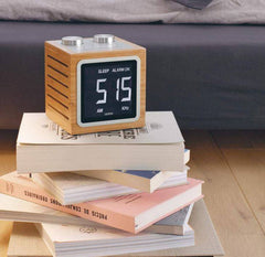 Dolmen Clock Radio, Lexon Alternate View