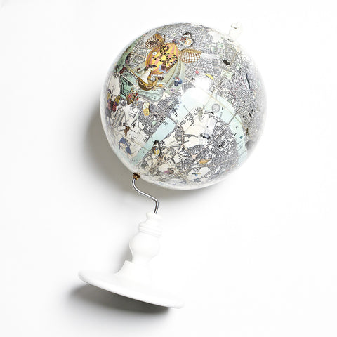 East Meets West Lundunar Kort Globe, Kristjana S Williams Alternate View