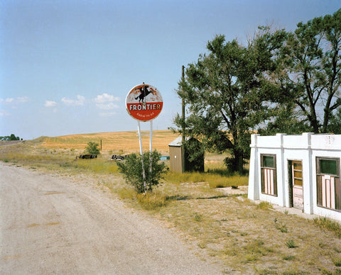 Roadsign and Field, Michael Ormerod - CultureLabel - 1
