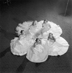 Five Debutantes, Slim Aarons Alternate View