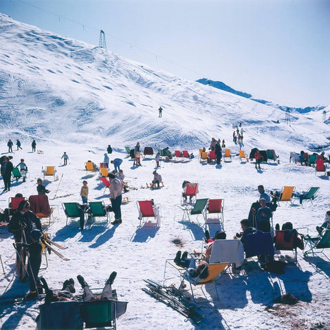 Skiers at Verbier, Slim Aarons