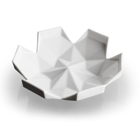 Lilia Small Serving Bowl, VJEMY / Světlana Ciglerová - CultureLabel