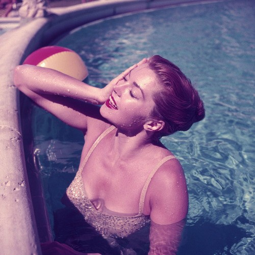 Esther Williams, Slim Aarons - CultureLabel