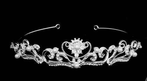 Sophisticated Flower Pearl Tiara