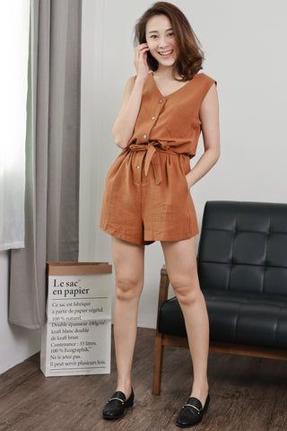 BUTTON-UP SLEEVELESS ROMPER (BROWN)
